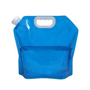 Folding water bag with handle